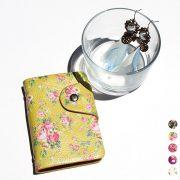 【女性必見】花柄カードケースで気分を上げられる色選びのポイントや豆知識とは?