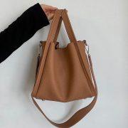 ソフトな質感と絶妙な色合いのソフトタッチハンドバッグ